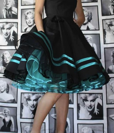 ElaZara Kleid mit Satinstreifen