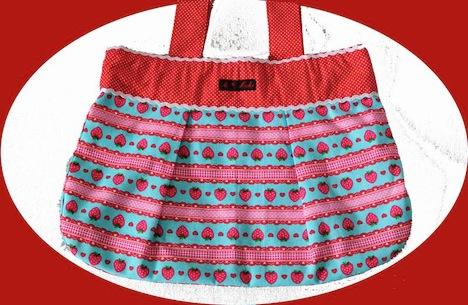 A*Nuke  Erdbeer Tasche 1