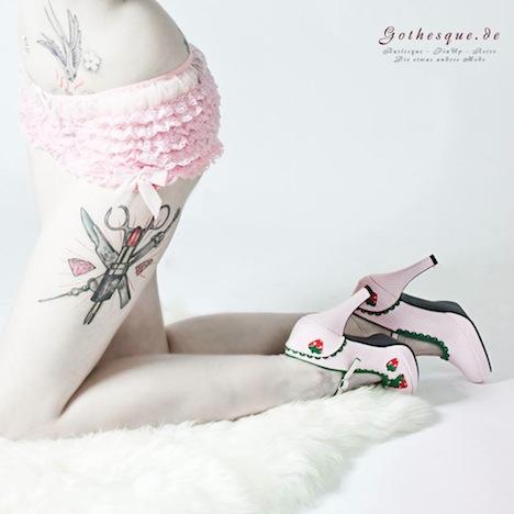 Gothesque Funtasma Shoes Pleaser USA Pumps High Heels Erdbeeren 4