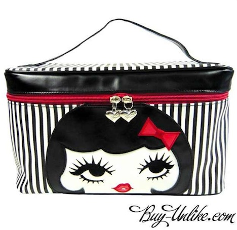 Fluff Beauty Case DOLL FACE Buy Unlike