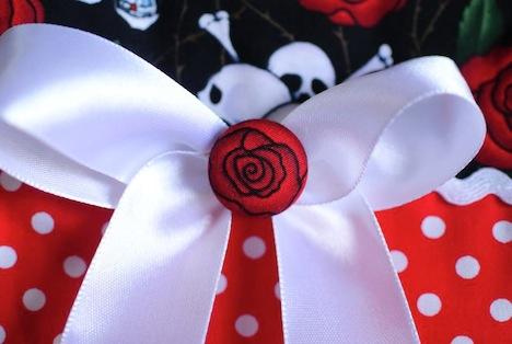 A*Nuke Tasche Skulls Roses Detail 3 Musthave der Woche Gewinnspiel Pinup-Fashion-Magazin