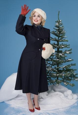 Frozen Hibiscus Berliner Alpenrosen Kollektion Imagebild Musthave der Woche Pinup-Fashion-Magazin