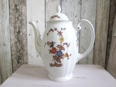 Haus- und Hofgestaltung Teekann Bluemchen Vintage