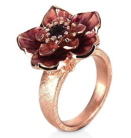 Drachenfels Design Kirschzauber, kleiner Blueten Ring aus Silber rotgoldplattiert mit Rhodolith Brandlack d-kir-11-5-2-rg