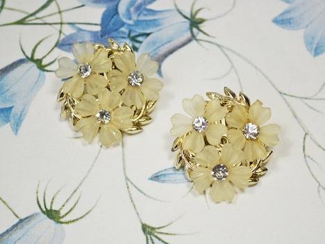 Wunder-Same Vintage Ohrclips Blueten Blumen