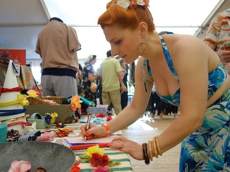 Frozen Hibiscus im Fashionzelt Firebirds Festival Juli 2015 1