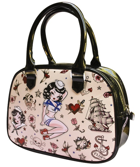 Pinup-Fashion-Magazin Musthave der Woche Fraeulein Backfisch fluff_suzy-sailor_limited-edition-bowler_07