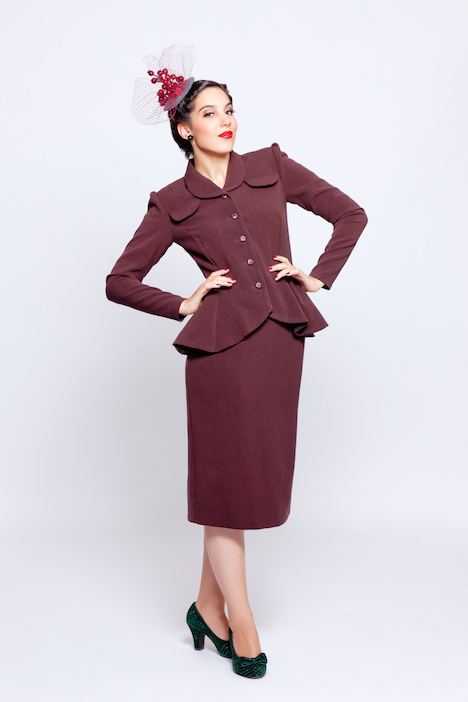 Frozen Hibiscus Fabulous Forties Herbst Winter 2015 2016 Laura Outfit front