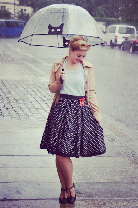 Style of the Week Pinup-Fashion-Magazin Vintagemaedchen VictoriaBFotoimRegen