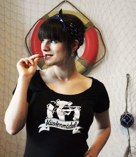 Kuestenmaedel Sailor-Rockabella-maritimes Shirt