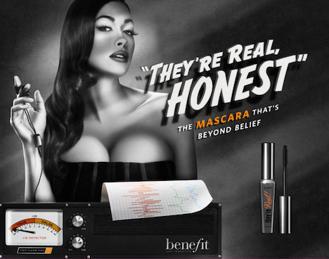 Benefit Cosmetics theyre real mascara Image Bild