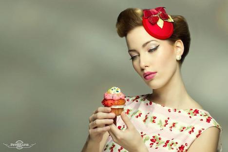 Jazzafine Erdbeerhuetchen Rot Vintage Headpiece Fascinator 1