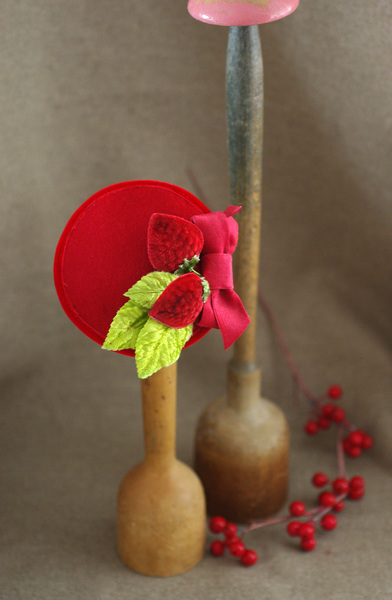 Jazzafine Erdbeerhuetchen Rot Vintage Headpiece Fascinator 2