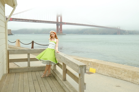 Style of the Week Pinup Model Rina Bambina Ganzkörper 3 - San Fran