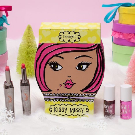 benefit cosmetics Holiday16_kissymissy01_FB_IG