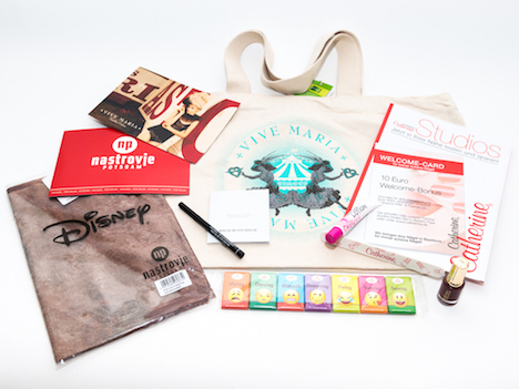 Nastrovje Potsdam Goodie Bag mit Inhalt Photo Benjamin Lippke Kopie