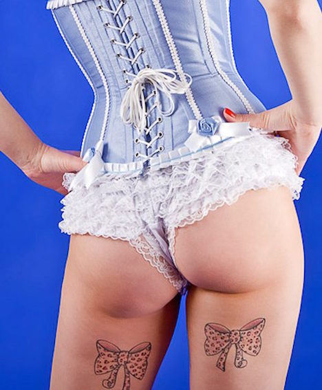 Slacks Fashion full_4x3_2889s_Burlesque_Outfit-495x600