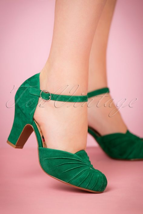 40s Amber Suede Mary Jane Pumps in Emerald Green