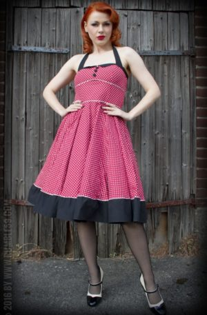 Rumble59 Ladies – Neckholder Petticoatkleid – Sweet Polkadots – weinrot von Rockabilly Rules