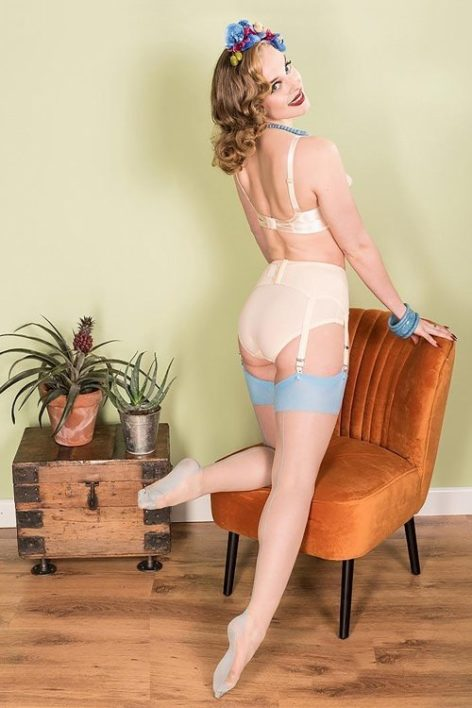 40s Retro Seamed Stockings in Sky Blue Glamour