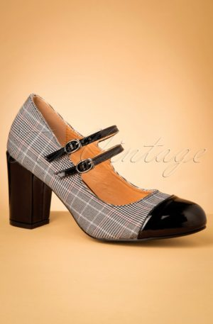 60s Golden Years Check Pumps in Black