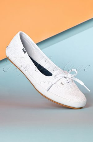 50s Daisy Teacup Ballerina Sneakers in White