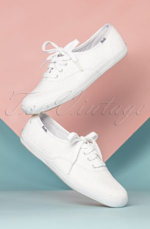 50s Champion Daisy Embroidered Sneakers in White