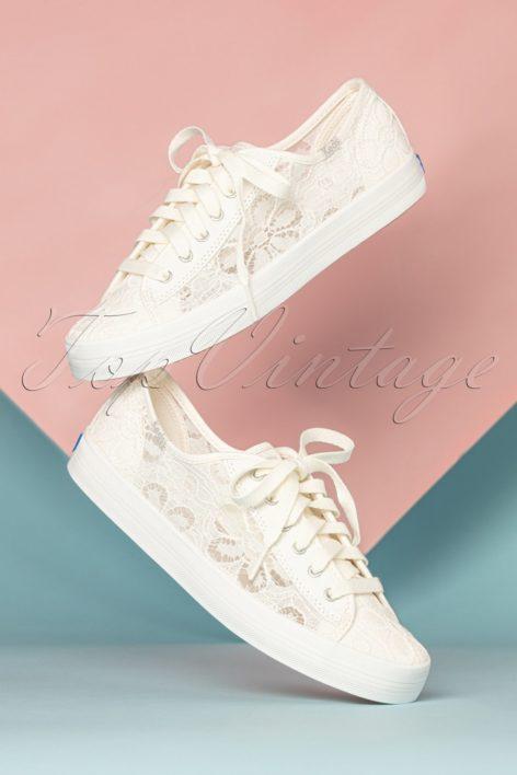 50s Chrochet Kickstart Floral Sneakers in Cream
