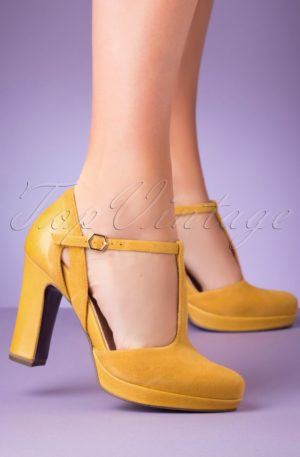 60s Donna Suede T-Strap Pumps in Yellow