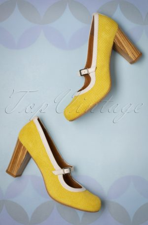 60s Topos Suede Mary Jane Pumps in Mustard Yellow