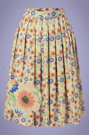 50s Flower Power Swing Skirt in Cream