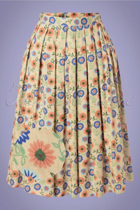50s Flower Power Swing Skirt in Cream
