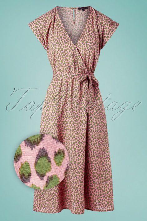 60s Doris Panthera Dress in Granny Pink