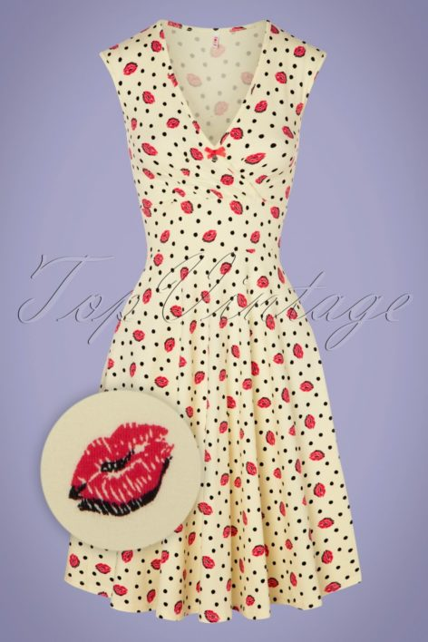 60s Ohlala Tralala Dress in First Kiss Cream