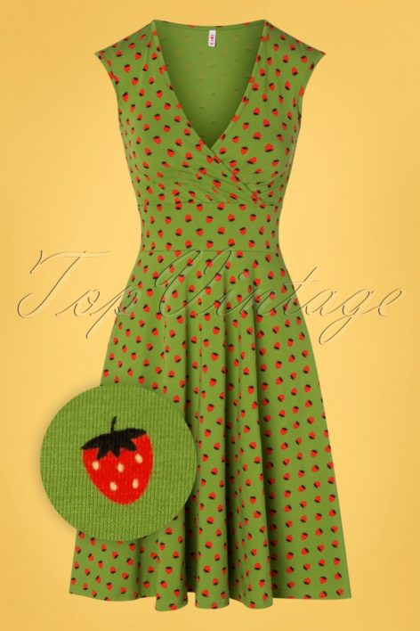 60s Ohlala Tralala Dress in Strawberry Soucre Green
