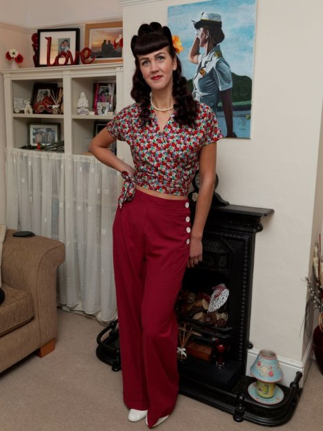 tn_raspberry_trousers_crop2_1_2