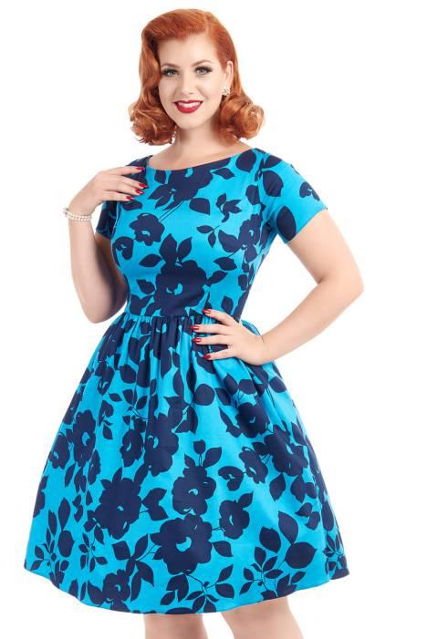 4238a7f039af64 Das zeitlose schwarze Swing Kleid von Audrey Hepburn mit U-Boot-Ausschnitt  gibt es bei Lady V London in diversen Farbdesigns, jedoch immer im selben  ...