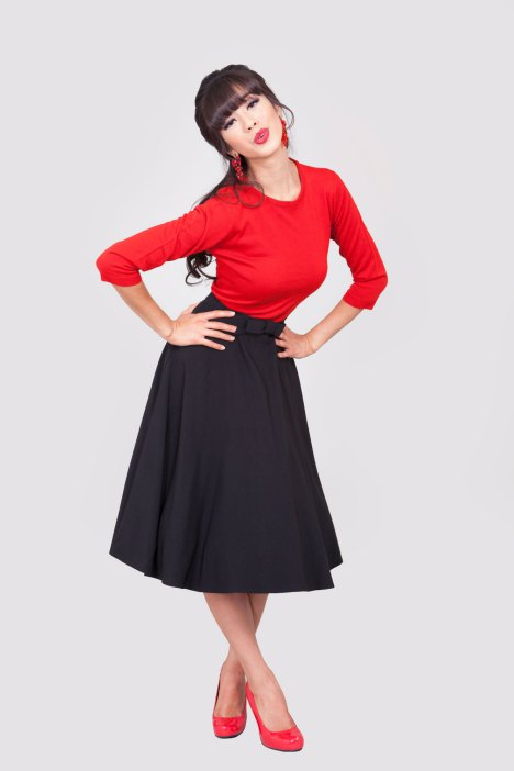 alika-circle-skirt-black-a3388-1333x2000